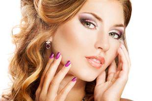 1 o 2 Manicure o Trattamenti Viso da 5€ presso Anthea Nails & Make Up a Molfetta!